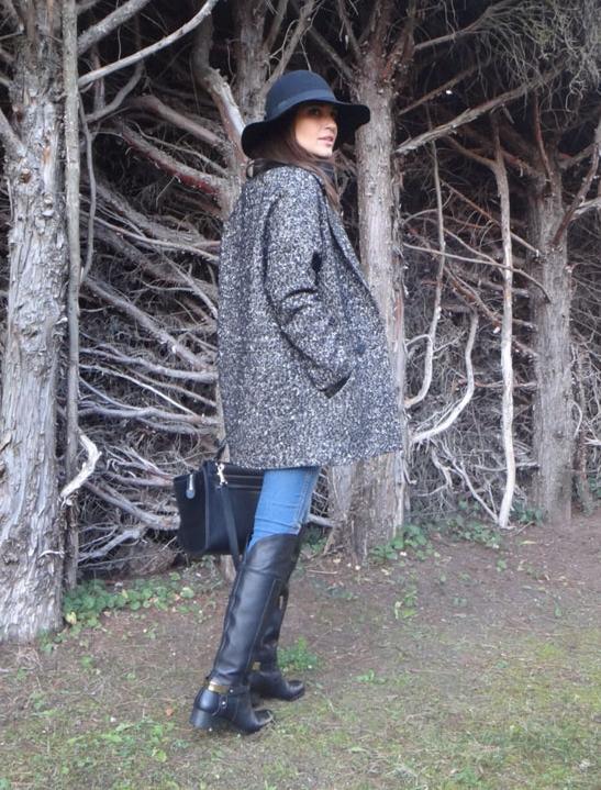 parka, abrigo, poncho, chamarra, cazadora, trenca, mujer, moda outfit, paula Echevarría