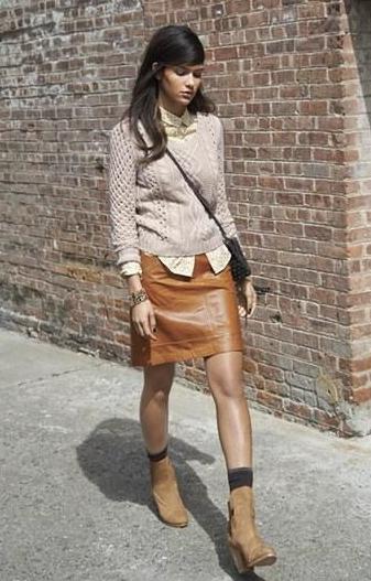 pantalones, cuero, tendencia, moda, outfit, mujer, bolso, falda