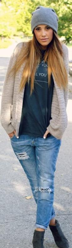 Ripped jeans, vaqueros rasgados, pantalones, outfit, moda, tendencia, mujer