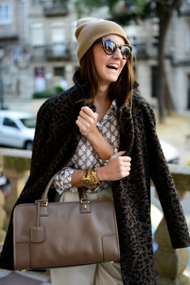 bufanda, punto, tendencia, outfit, mujer