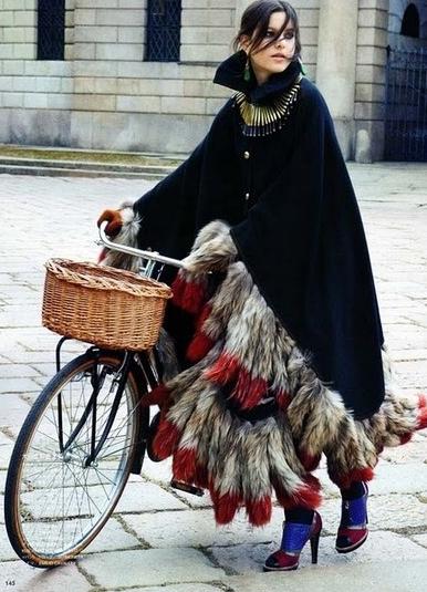 capa, abrigo, tendencia, outfit, mujer