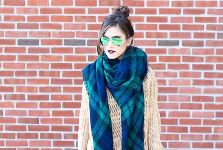 Vía Pinterest zara, bufanda, fular, manta, tendencia, outfit, mujer