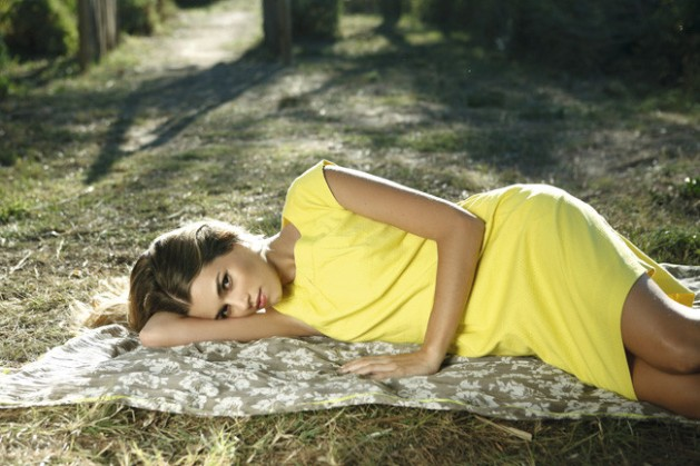 amarillo, yellow, tendencia, outfit, mujer