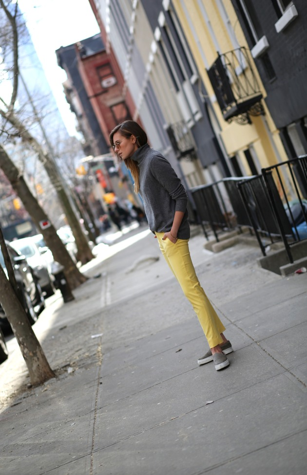 amarillo, tendencia, outfit, mujer