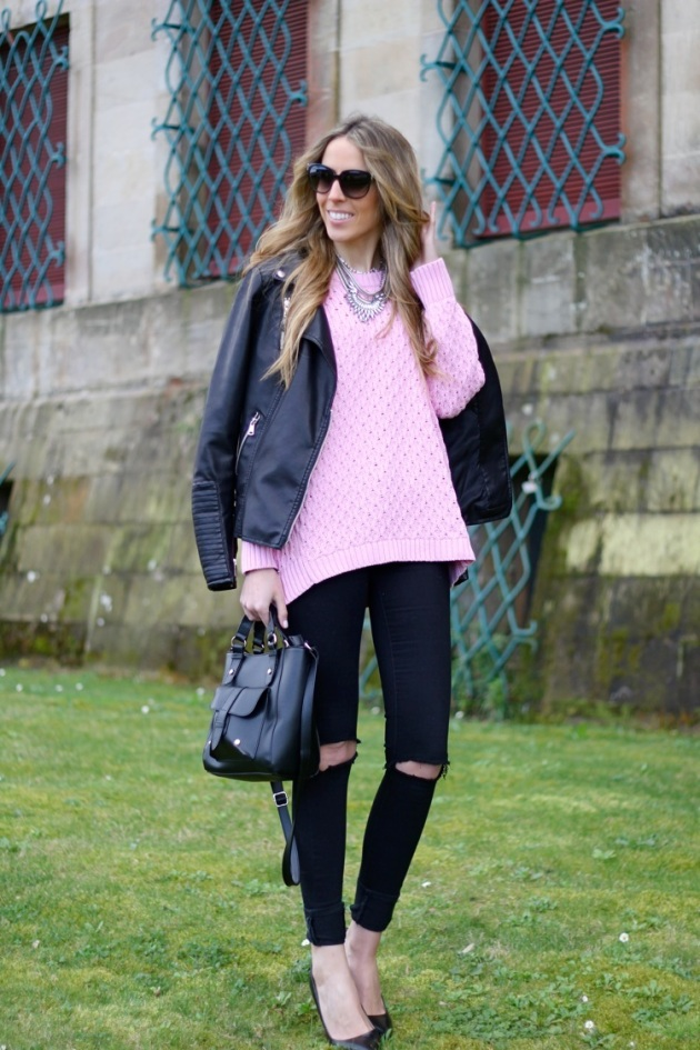 jeans, agujeros, tendencia, outfit, mujer
