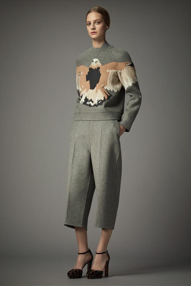 Moschino, tendencia, outfit, mujer, Valentino, Rodarte