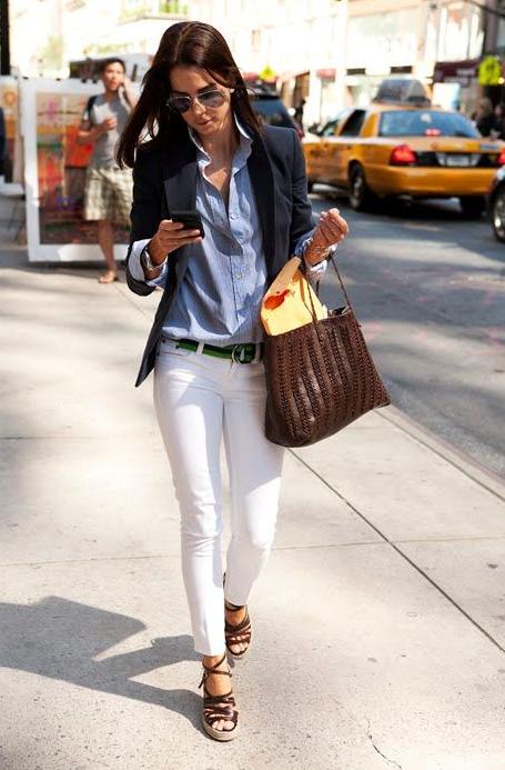 chambray, camisa, denim, tendencia, outfit, mujer