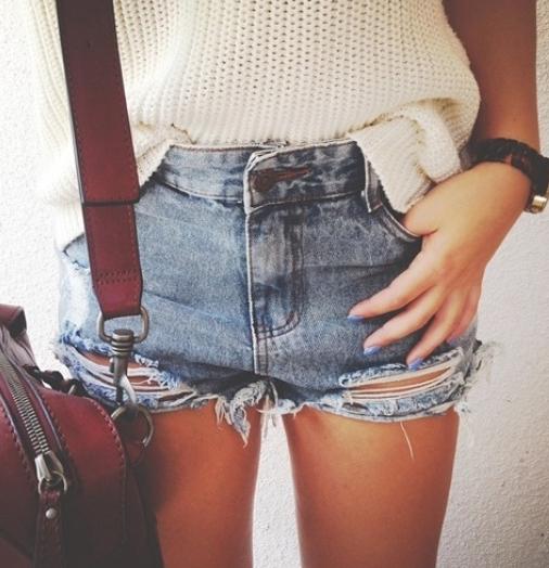 shorts, vaqueros, jeans, ripped, frayed, tendencia, moda, mujer