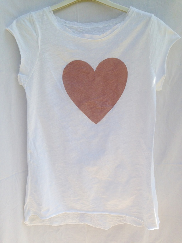 treintamasdiez-blog-de-moda camiseta blanca corazón