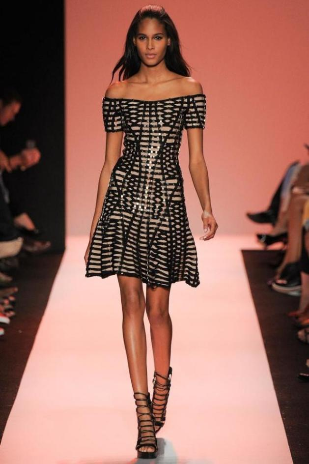 treintaamasdiez-blog-de-moda, hervé Léger, hombros al descubierto