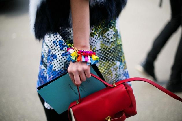 treintamasdiez-blog-de-moda pulseras de borlas