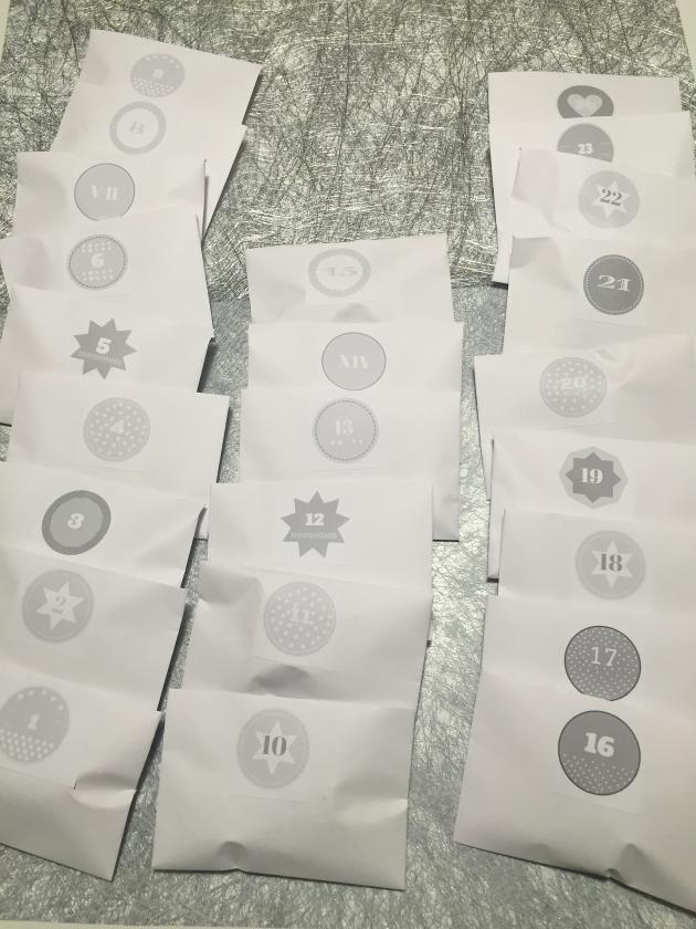 treintamasdiez-blog-de-moda calendario gris