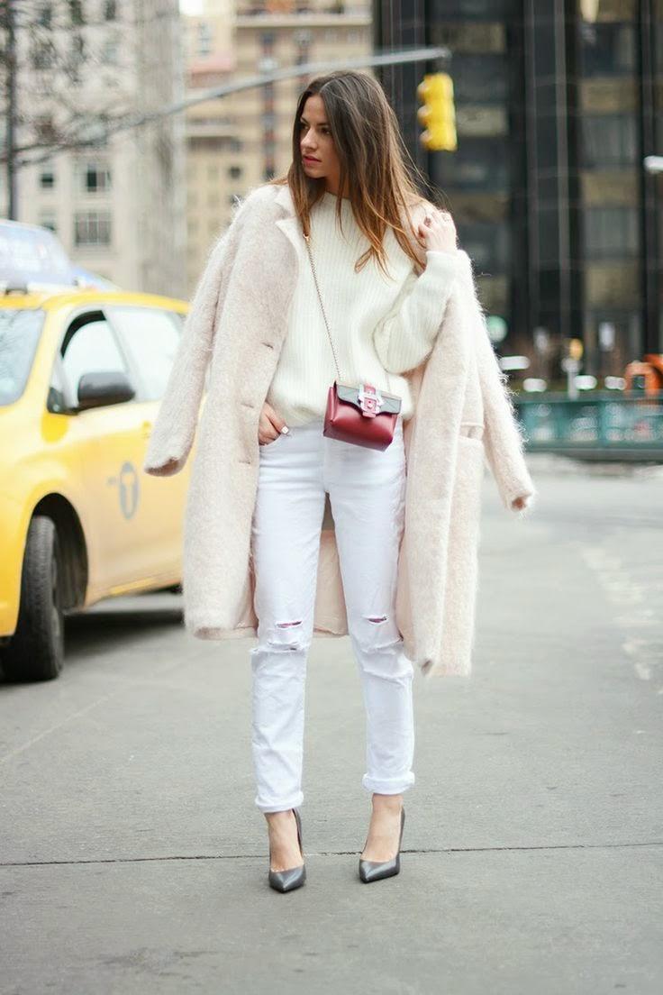 Como combinar abrigo blanco
