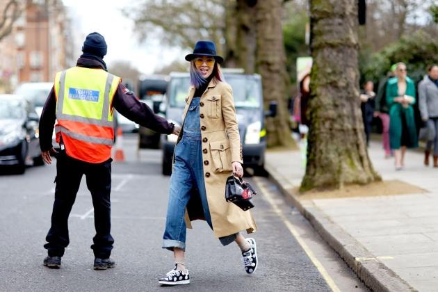 treitnamasdiez blog de moda street_style_semana_de_la_moda_de_londres_febrero_2015_364378733_1200x